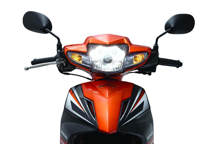 So sánh xe máy Honda Wave RSX và Honda Blade