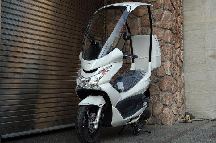 So sánh xe máy Piaggio Zip và Honda PCX
