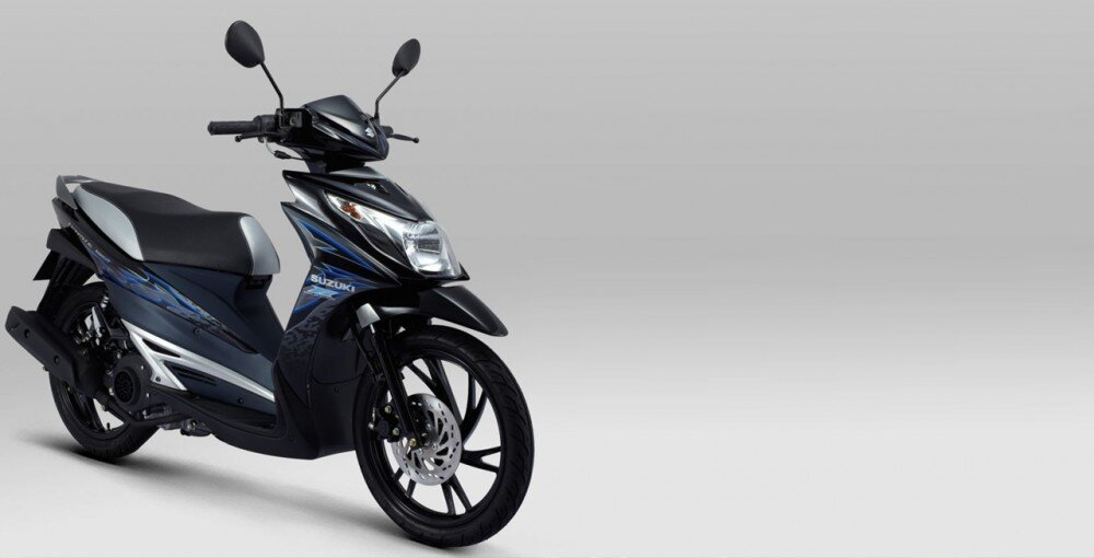 So sánh xe máy Suzuki Hayate và Honda Air Blade