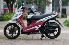 So sánh xe máy Suzuki Hayate và Piaggio Zip