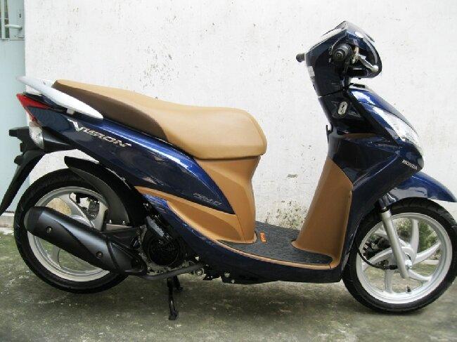 So sánh xe máy SYM Attila Elizabeth và Honda Vision