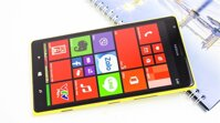 Soi cận cảnh 'siêu phẩm' Lumia 1520 tại Thế Giới Di Động