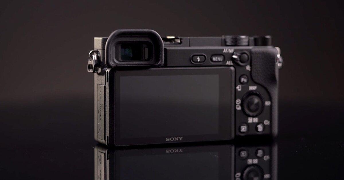 Sony a6400 có mấy phiên bản màu? Mua ở đâu?