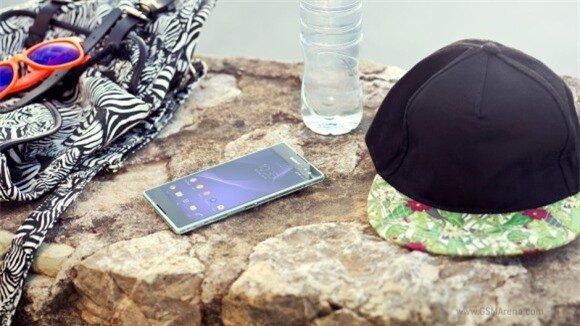 Sony trình làng smartphone chuyên chụp ảnh tự sướng với camera trước 5 MP