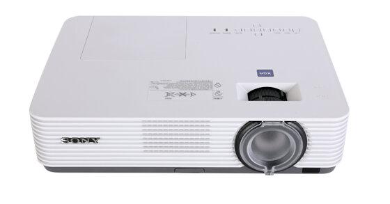 Sony VPL-DX221: Máy chiếu cho văn phòng nhỏ cỡ nhỏ và lớp học, giá hợp lý