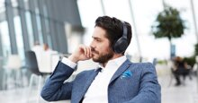 Sử dụng tai nghe chống ồn có an toàn cho không?