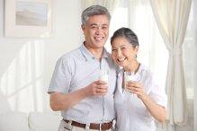 Sữa bột Abbott Ensure Gold dinh dưỡng tốt cho người cao tuổi