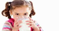 Sữa bột Dielac Pedia 3+ cho bé biếng ăn có tốt không ? Giá bao nhiêu tiền ?