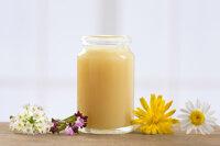 Sữa ong chúa nguyên chất có những tác dụng đáng kể nào mà bạn chưa biết?