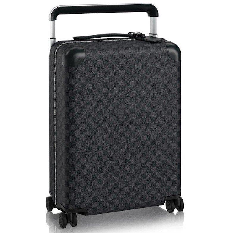Lựa chọn đơn vị đặt hàng vali Louis Vuitton uy tín