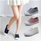 Giày sneaker nữ trẻ trung năng động