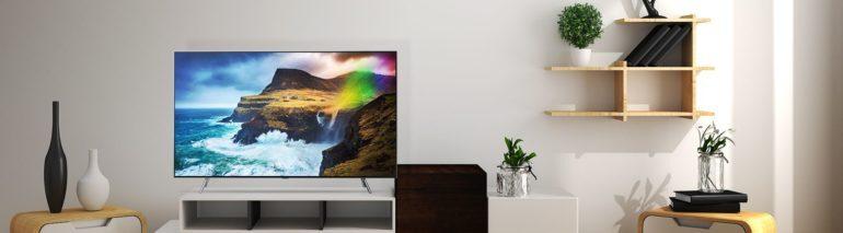 Rõ ràng một chiếc tivi màn hình lớn sẽ cho bạn trải nghiệm xem đã mắt hơn và cũng làm cho không gian phòng khách nổi bật và đẳng cấp hơn nhiều.