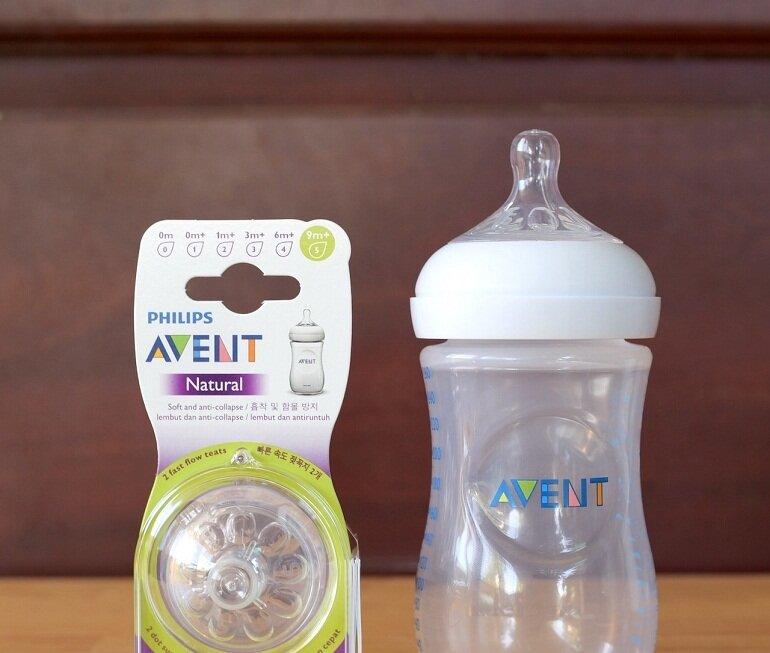 Núm ty Avent Natural số 5 được khuyên dùng cho bé 9 tháng tuổi trở lên