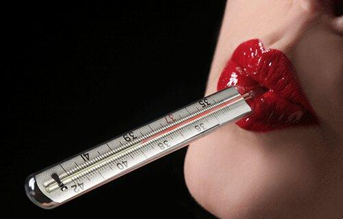 Tại sao bạn nên mua nhiệt kế thủy ngân thay vì nhiệt kế điện tử?
