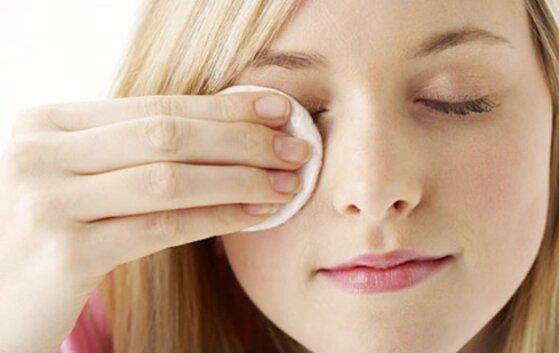 Tẩy trang đúng cách để làn da sạch khỏe, mịn màng
