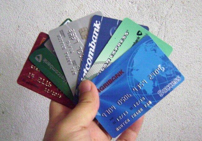 Thẻ ATM của ngân hàng nào thông dụng nhất hiện nay?