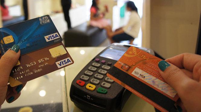 Thẻ tín dụng ngân hàng: đừng dụng 1 loại thẻ duy nhất