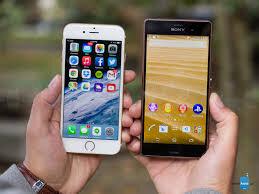 Tìm điểm khác biệt của Sony Xperia Z4 và iPhone 6