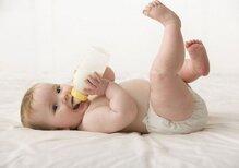 Tìm hiểu về các loại chất liệu làm bình sữa trẻ em