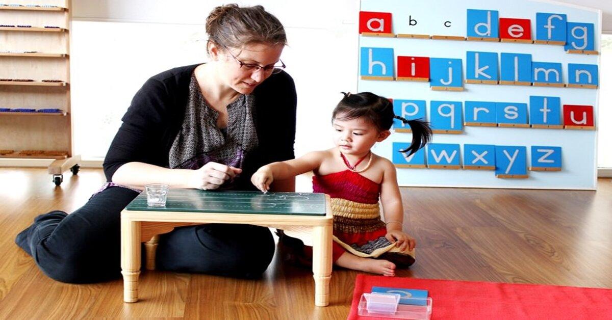 Tìm hiểu về thời kì nhạy cảm của trẻ em với trật tự