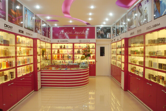 Tổng hợp các địa chỉ mua nước hoa chính hãng uy tín tại Việt Nam