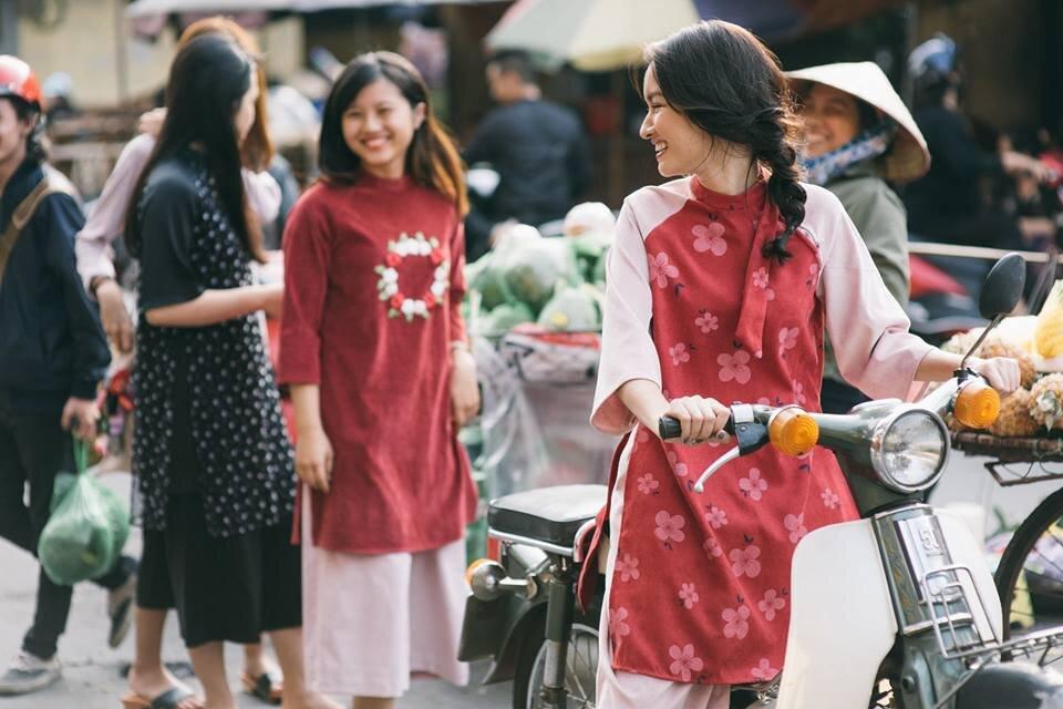 Tổng hợp địa chỉ mua/may áo dài cách tân hiện đại đẹp ở Hà Nội