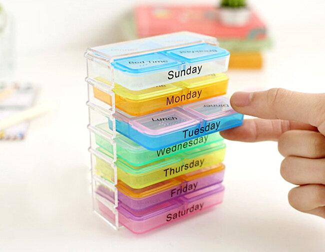 Tổng hợp những mẫu hộp đựng thuốc tiện dụng cho gia đình