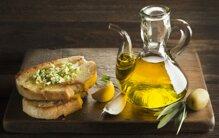 Top 13 loại dầu ô liu nấu ăn nguyên chất tốt cho sức khỏe giá từ 65k