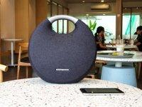 Top 17 loa Bluetooth đẹp loại để bàn, cầm tay pin trâu chống nước