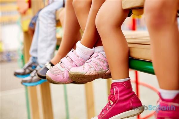 Top 5 đôi giày thể thao tốt nhất mang thương hiệu Nike dành cho các bé