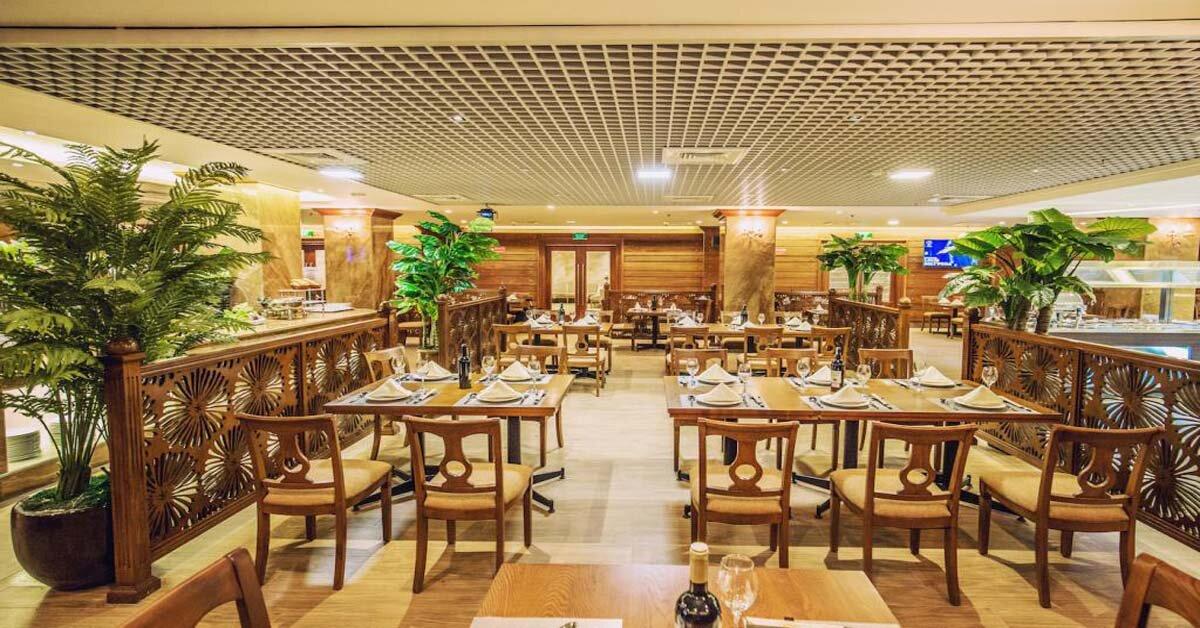 """TOP 5 nhà hàng tổ chức tiệc công ty cuối năm cực sang chảnh, giá """"hạt dẻ"""" tại Hà Nội"""