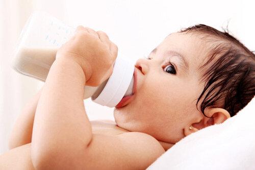 Top  5 sữa bột dành cho bé bị tiêu chảy