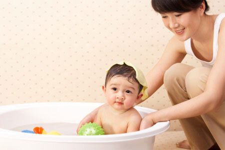 Top 8 sữa tắm gội tốt nhất cho bé được các mẹ tin dùng