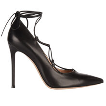 Top 9 đôi giày cao gót buộc dây quyến rũ nhất 2016