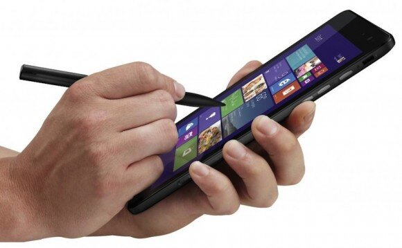 Trên tay Dell Venue 8 Pro: chip Atom 4 nhân Bay Trail-T, Windows 8.1 Pro, giá 300$