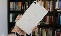 Trên tay Nexus 7 2013 phiên bản màu trắng đẹp tuyệt vời
