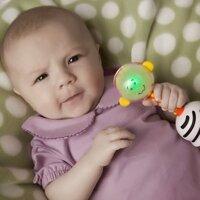 Trò chơi phát triển thị lực và thính giác dành cho bé sơ sinh từ 0 – 3 tháng tuổi