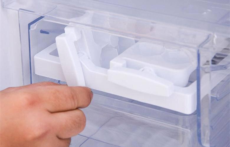 Tủ lạnh Hitachi không đông đá phải làm sao?