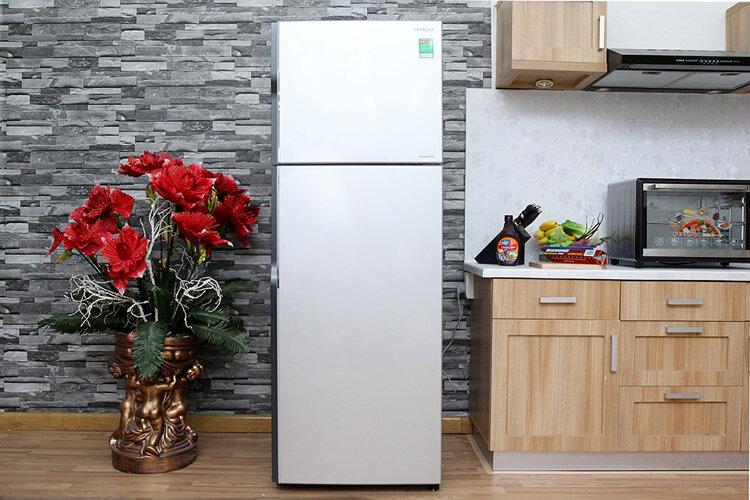 Tủ lạnh Hitachi R-H230PGV4 cho gia đình từ 4 đến 5 thành viên
