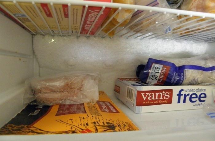 Tủ lạnh Panasonic bị đóng tuyết thường xuyên phải làm sao?