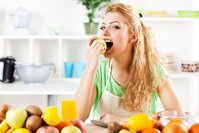 Tủ lạnh Panasonic NR-BL347PSVN giữ rau quả tươi lâu hơn