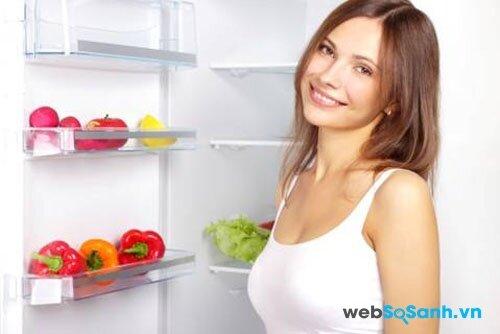 Tủ lạnh Panasonic NR-BR344MSVN tiết kiệm điện với công nghệ Econavi
