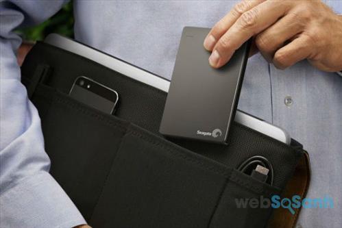Ổ cứng di động loại 2.5 inch được sử dụng phổ biến hơn cả