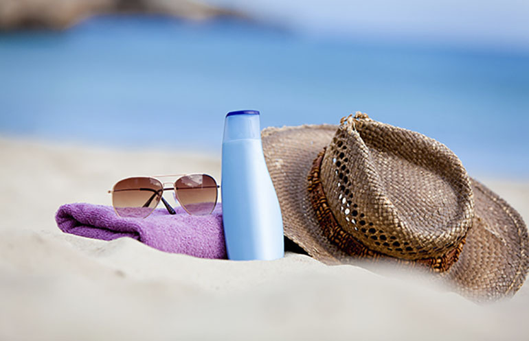 Chọn kem chống nắng khi đi biển dựa theo những tiêu chí nào ?