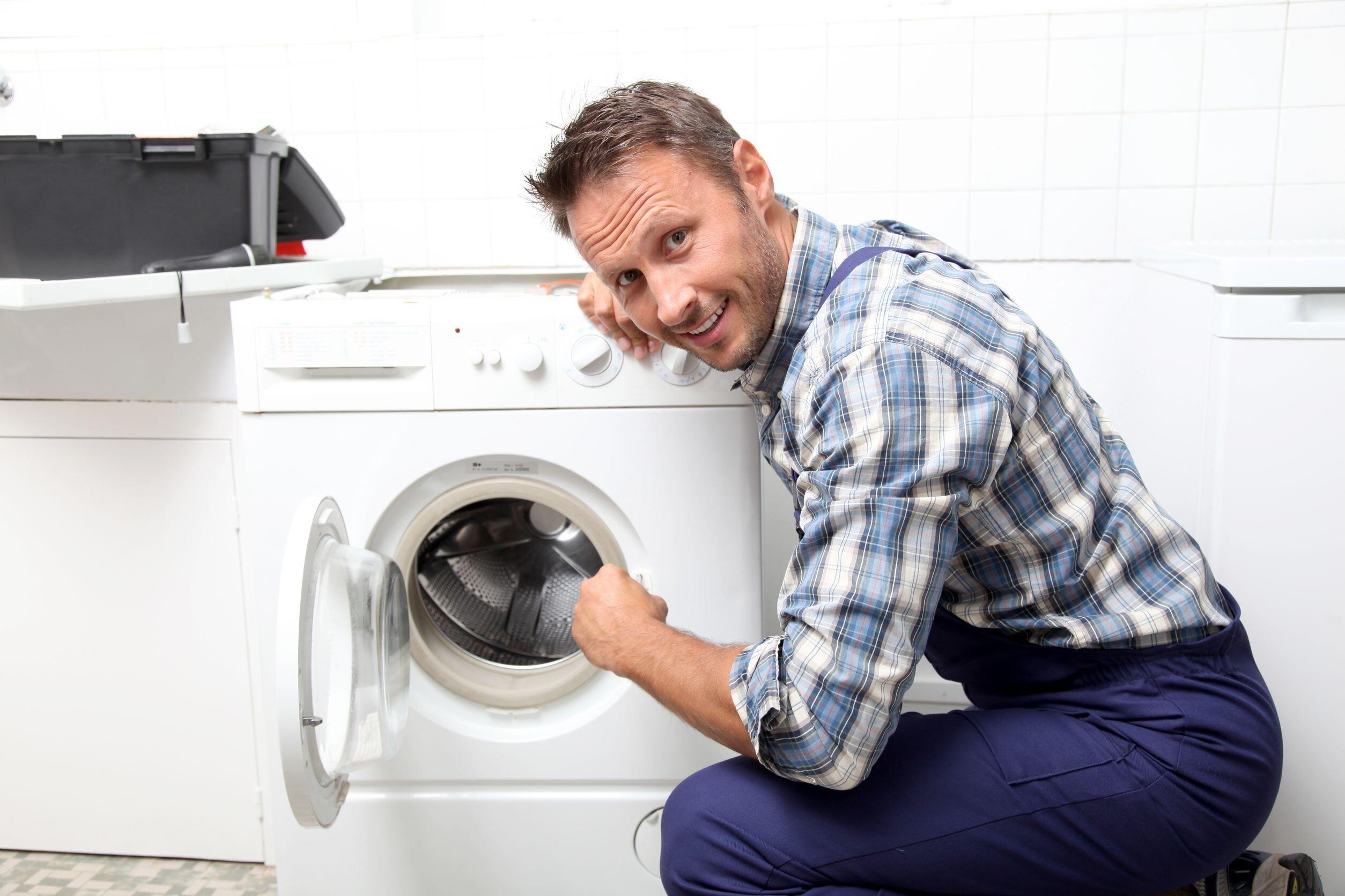 Cách mở máy giặt khi gặp các sự cố như thế nào?