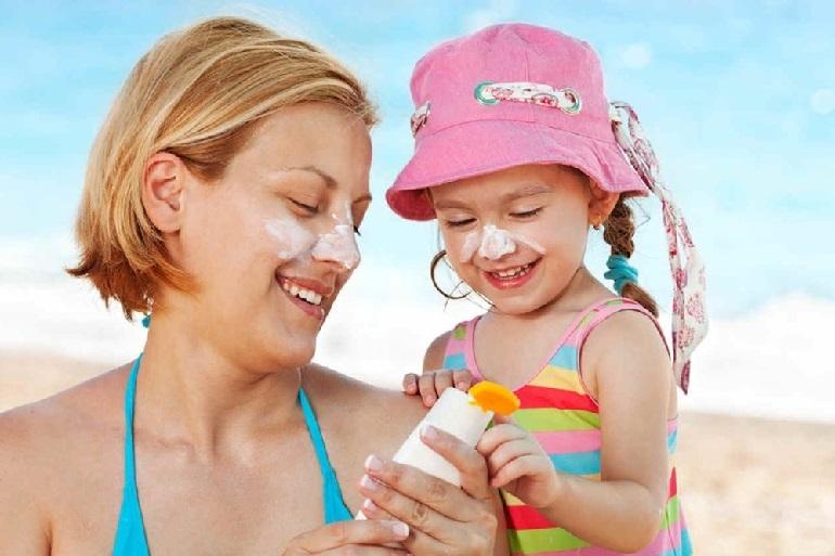 Cách chọn kem chống nắng cho bé?