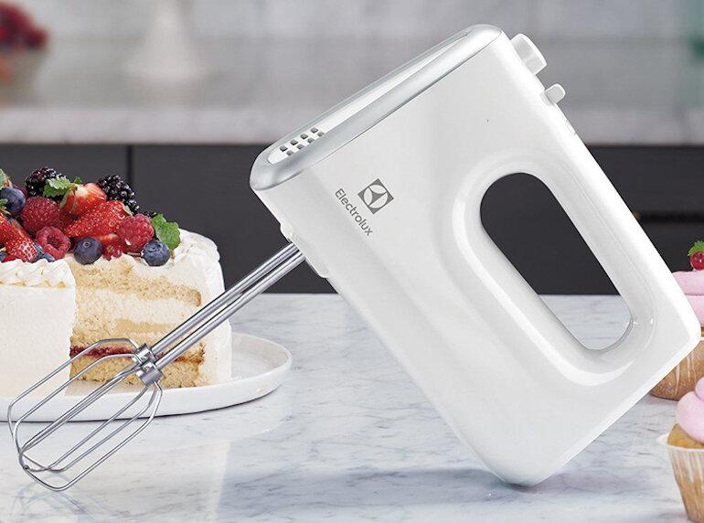 Cách sử dụng máy đánh trứng Electrolux