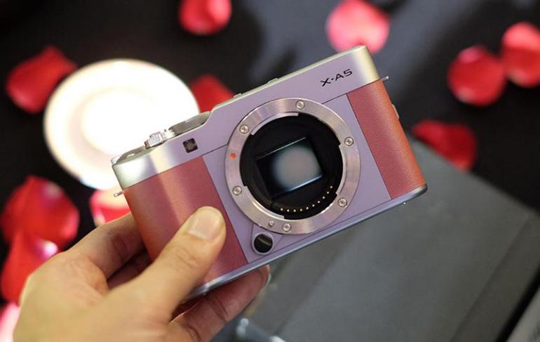 Máy Ảnh Fujifilm X-A5 Kit 15-45 mm