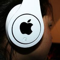 Ủy ban châu Âu chấp thuận thương vụ Apple mua lại Beats