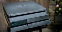 NÊN hay KHÔNG NÊN mua máy chơi game PS4 Slim?